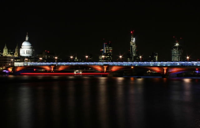 london-southwark-bridge