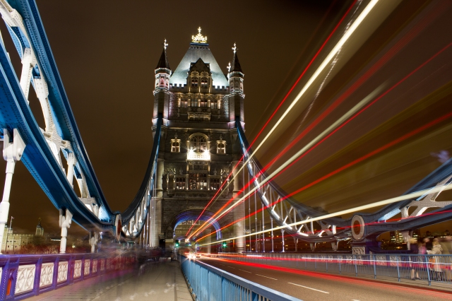 london-tower-bridge-longexposure